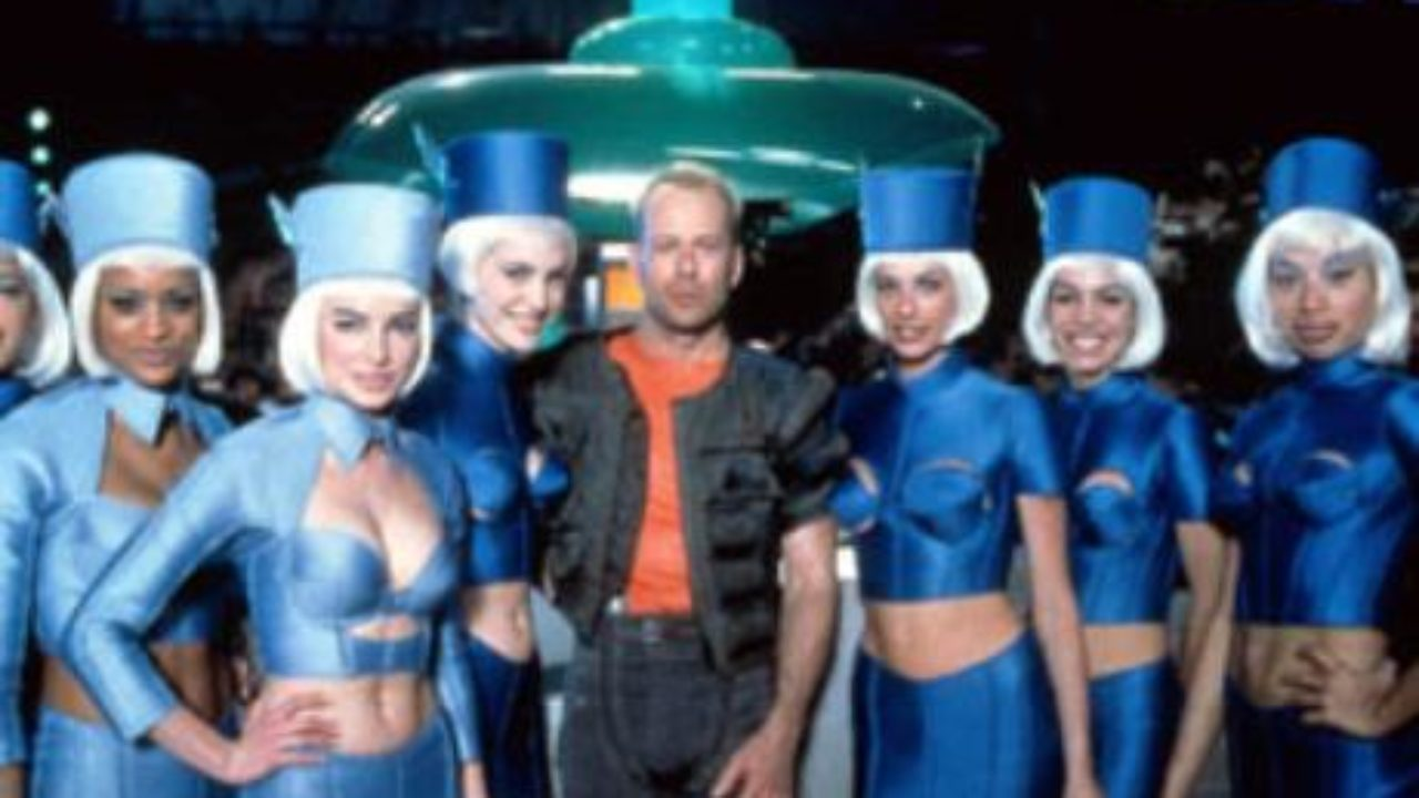 The Fifth Element 1997 Review By That Film Guy