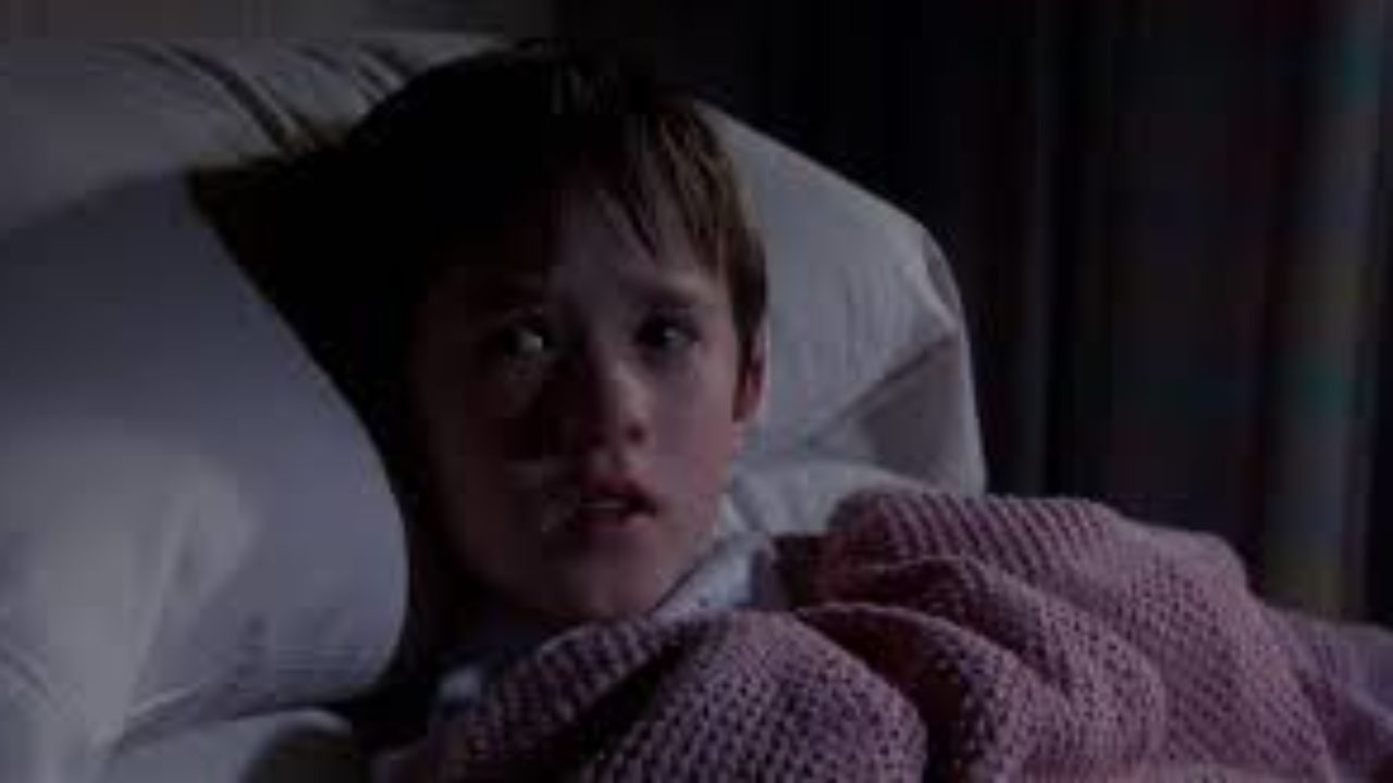 The Sixth Sense 1999 Review By That Film Guy